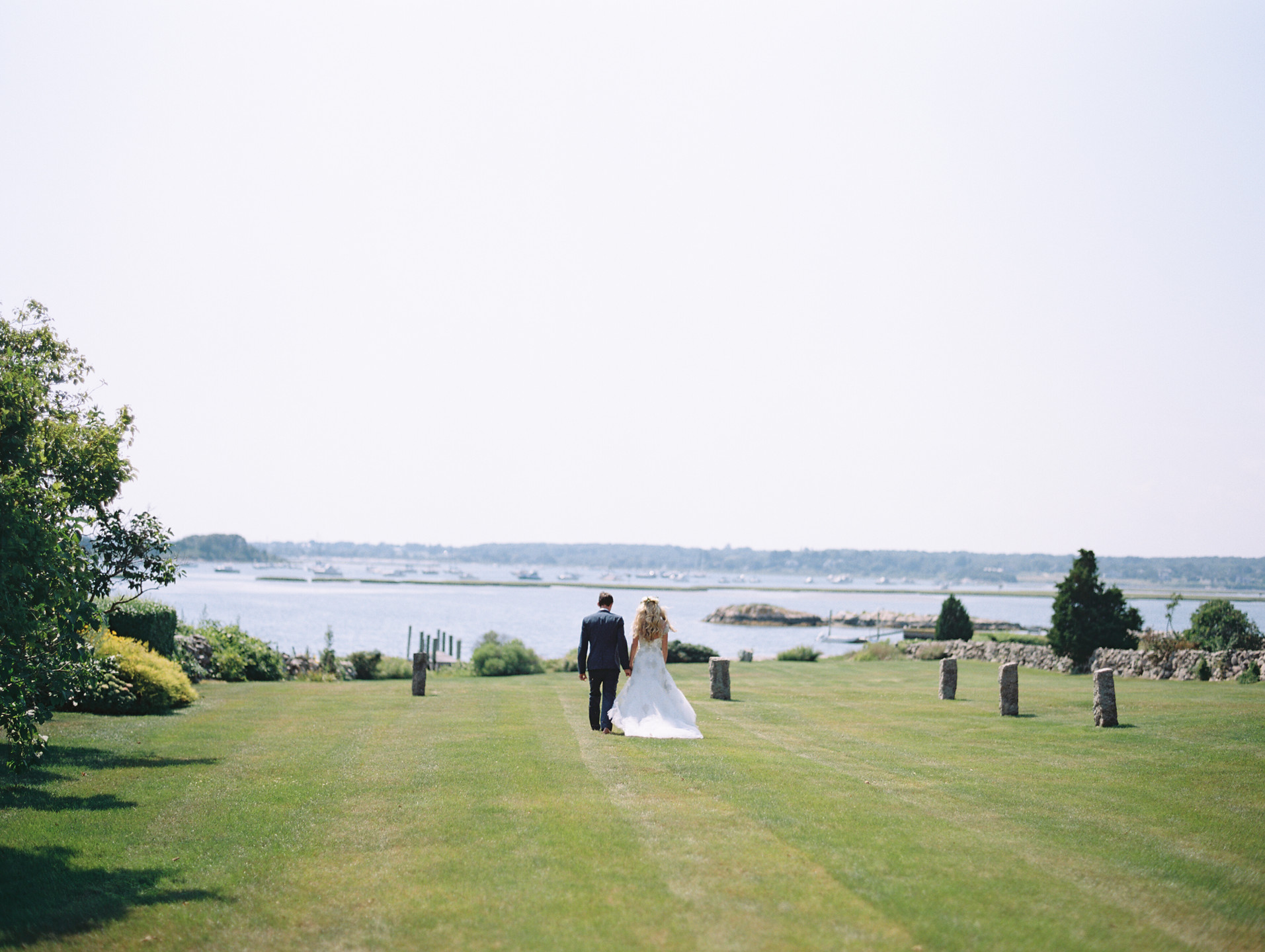 249_Josh+Lindsey_Brumley & Wells_Fine_Art_Film_Photography_Westport_Mass_New_England_Wedding-1926x1440
